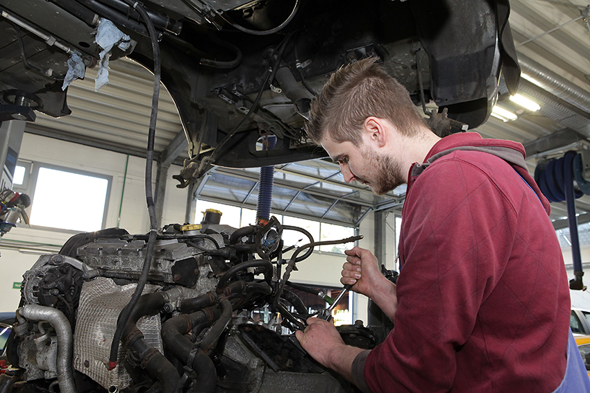 KFZ-Mechanik